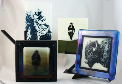 Screen printing with powder and paints